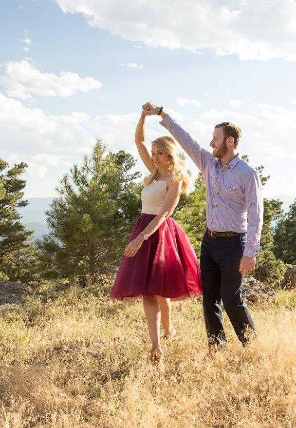 photo styling, wedding photos, engagement photos